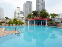 fiftyfifthtower-pool