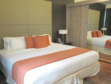 panpacificservicedsuitesbangkok-bedroom