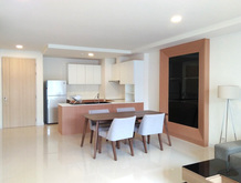 rqresidence-dining