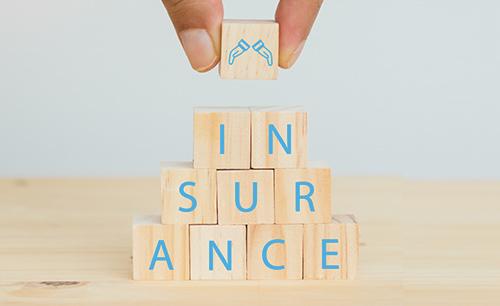 住宅保険に加入します