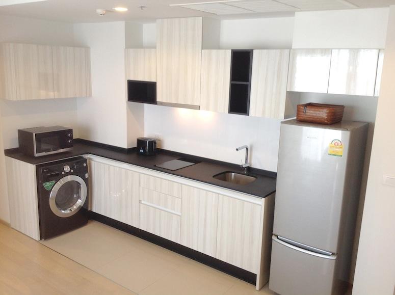 HQ by sansiri-kitchen