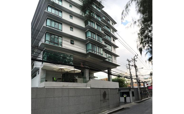 Sakura-suites